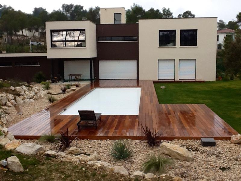 maison design terrasse bois exotique